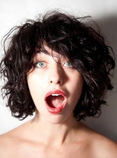 Kimbra. This shaggy bob.