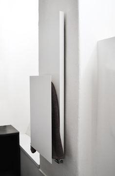 #Rectangle + #radiatore con #scaldasalviette #radiators #bathroom #mg12 #termoarredo