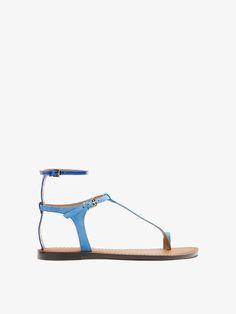 e44bf329a77b Sandale combinée en cuir finition vernie bleue et croûte de cuir. Double  fermeture à la