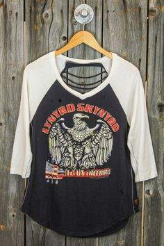 TRUNK LTD Lynyrd Skynyrd Freebird Shredded Raglan