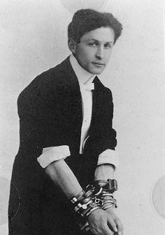 Houdini, illusionist, magician, stunt performer, historian, escapologist, producer, pilot, debunker. 1874-1926