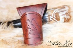 UNIQUE  Tjängvide  Norse drinking horn and by MeoLeathercraft