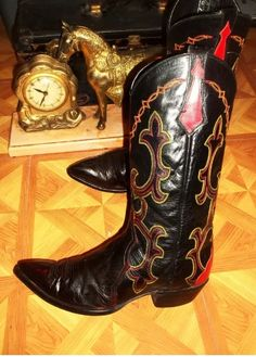 Western Boots, Cowboy Boots, Pairs, Closet, Shoes, Ideas, Fashion, Cowgirls, Moda