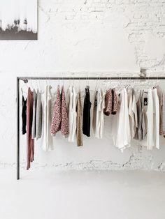 concept-store-cottoncake-amsterdam-hotspot-clothing-rack.jpg (450×600)