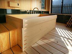 箱型木風呂・檜(ひのき)風呂 | 寿司桶(すし桶)|おひつ|檜風呂(ヒノキ風呂)の製造販売は木曽の志水木材