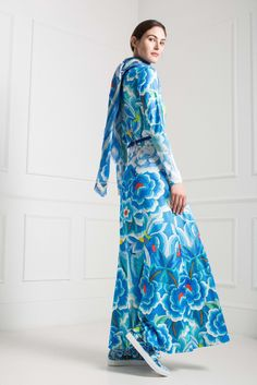See the complete Temperley London Pre-Fall 2015 collection.