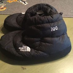 North face tent bootie slipper & THE NORTH FACE Green 700 Down Tent Slippers Booties Womens Size ...