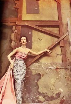 Dovima for Harper's Bazaar, 1950 by Richard Avedon