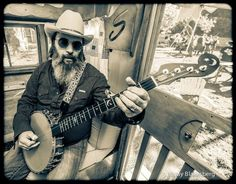 Steve Earle Channel Zero, Steve Earle, Texas Music, Country Singers, Father And Son, Music Stuff, Young Man, Great Photos, Rock N Roll