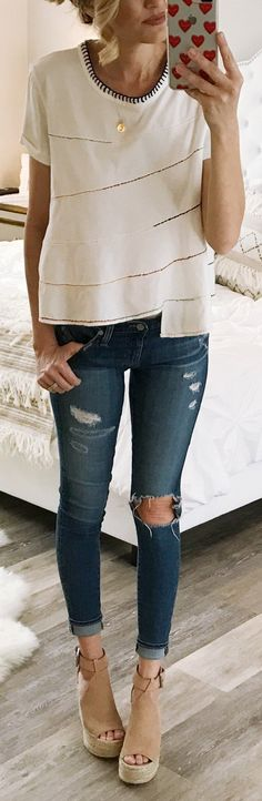 #winter #fashion / White Top / Destroyed Skinny Jeans / Brown Platform
