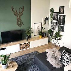 eyes have it Dark Wood Floors Living Room, Living Room Green, Home Living Room, Living Room Designs, Living Room Decor, Bedroom Colors, Diy Bedroom Decor, Salas Lounge, Interior Desing