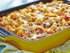 Η συνταγή της ημέρας: Φτιάξτε πεντανόστιμες βίδες φούρνου με σάλτσα!