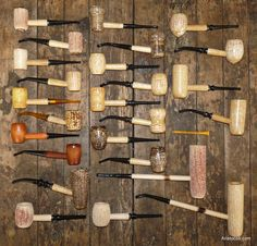 Various corn cob pipes