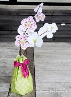 Ich bin bekennender Orchideen-Fan, unser Haus steht voll davon! Als ich das Produktpaket Orchideenzweig entdeckte habe, war klar, das muss ich haben. Endlich bin ich auch dazu gekommen, es auszupro…