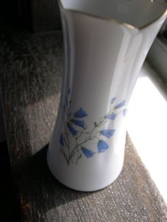 "Hackefors Porsein Sweden""Campanula Rerundifolia""Bud Vase Blue Bells 4 3 4""Hi | eBay"