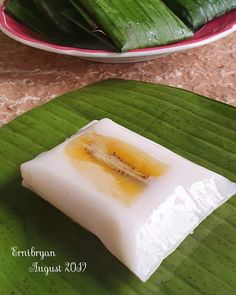Indonesian Desserts, Indonesian Cuisine, Asian Desserts, Sweet Recipes, Snack Recipes, Cooking Recipes, Indonesian Food Traditional, Vegan Junk Food, Malaysian Food