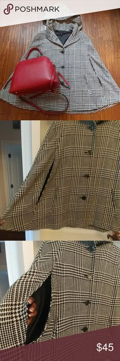 Talbots Houndstooth Cape🔎 🔎Sherlock Holmes will have nothing on you with this one! I love this cape. Can see it with a great pair of leather gloves, some riding boots and bold colors...Vibrant reds, blues, greens  Classic style in Excellent condition! Talbots Jackets & Coats Capes