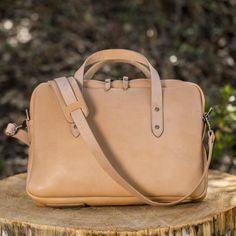 Horween Briefcase - Natural Essex Briefcases, Nature, Bags, Handbags, Naturaleza, Briefcase, Nature Illustration, Off Grid, Bag