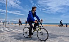 """In order to fully enjoy the scenery and culture in any city, you need to be able to walk or travel by bicycle. Here's a list of the 25 most """"walkable"""" cities found around the world."""