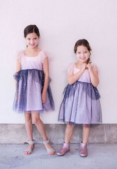 little girls pink and navy tulle dress Toddler Girl Outfits, Toddler Fashion, Kids Fashion, Newborn Fashion, Girls Dresses, Flower Girl Dresses, Camo Baby Stuff, 10 Anniversary, Professional Photography