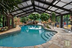 Traditional Landscape/Yard with Indoor pool, MS International Flagstones Random French Vanilla, exterior stone floors