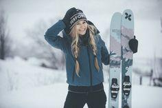 Mode Au Ski, Snow Skiing, Peak Performance, Snowboarding, Winter Jackets, People, How To Wear, Outdoor, Folk