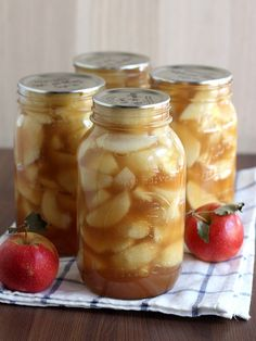Homemade Apple Pie Filling for Canning by Completely Delicious, via Flickr