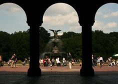 Bethesda fountain...had some many memories, my favorite during summertime when the boys are doing some break dancing and  you can hear the music from the concert.
