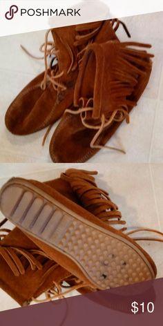 Selling this Minnetonka moccasins size 8 on Poshmark! My username is: superpumpkins. #shopmycloset #poshmark #fashion #shopping #style #forsale #Minnetonka #Shoes