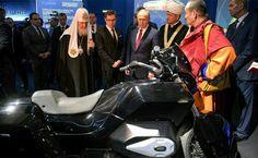 La escolta presidencial rusa ahora en dos ruedas: IZh al servicio de Putin