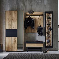 """Keitel-Gloss GmbH 🇦🇹 on Instagram: """"Garderobe mit ausschließlich Naturmaterialien designt😍  #massivholz #nature #rinde #wood #exclusive #garderobe #vorraum #wohnen #betonwand…"""" Loft Interior, Luxury Homes, Modern, Entryway, Bedroom, How To Make, Design, Furniture, Germany"""