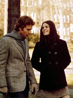 "Double Breasted Wool Pea Coat, worn by the character Jennifer Cavellari in ""Love Story"", the blockbuster 1970 film starring Ali MacGraw and Ryan O'Neal. Costumes for the film were by Alice Manougian Martin and Pearl Somner. Ryan O'neal, Iconic Movies, Great Movies, Marlon Brando, Jack Nicholson, Love Story Movie, Katharine Ross, Estilo Preppy, Image Film"