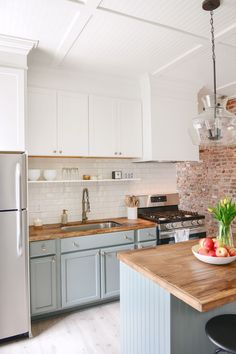 100 year old home gets a 3 Day Kitchen Makeover for less than $5K! - Chris Loves Julia