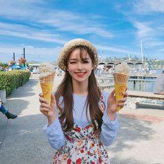 I'm a sweet disaster Ulzzang Fashion, K Fashion, Cute Fashion, Korean Fashion, Ulzzang Hair, Ulzzang Korean Girl, Korean Beauty, Asian Beauty, Western Girl