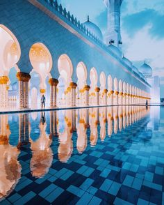 Shiekh Zayed Grand Mosque The most beautiful places around the worlds December 04 2016 at Beautiful Architecture, Beautiful Buildings, Beautiful Landscapes, Beautiful World, Beautiful Places, Places Around The World, Around The Worlds, Grand Mosque, World Pictures