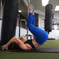 Amazing core exercises for a Flat Belly! Great core workout for women... :) Read about the best exercises for a flat tummy here!