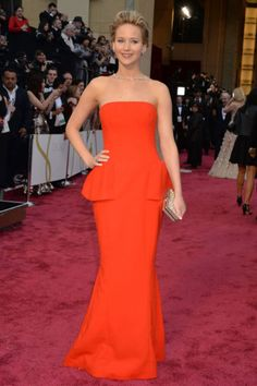 <p>Jennifer arrives at the Oscars on March 2, 2014.</p>
