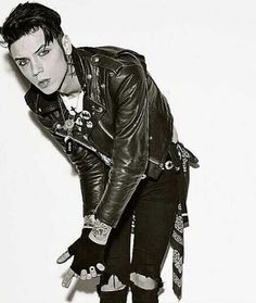 Andy - always too cute for you- Biersack! XD  ♡♡♡