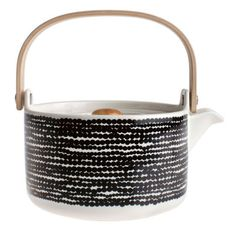Théière Siirtolapuutarha Räsymatto / Noir & blanc - Marimekko - Décoration et mobilier design avec Made in Design