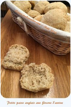Petits pains anglais aux flocons d'avoine Gluten Free Pizza, Scones, Breakfast Recipes, Brunch, Food And Drink, Rolls, Tasty, Crackers, Cooking