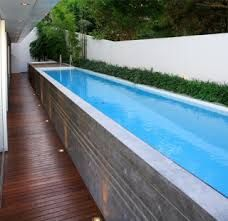 Piscintas on pinterest pools beach entry pool and for Piscinas alargadas