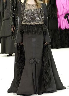 chanel haute couture 2005 | Chanel Haute Couture Fall 2005 Black Gown With Bow Detail on the Waist ...