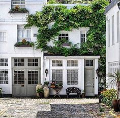""""""" Our guest here with the penultimate post! Within our sprawling metropolis are darling alleys that act as the gate to Narnia. If you pass Lancaster Gate you might find yourself in a. Beautiful Architecture, Interior Architecture, Exterior Design, Interior And Exterior, Carriage House Garage, Visit Britain, Mews House, Beautiful Space, My Dream Home"""