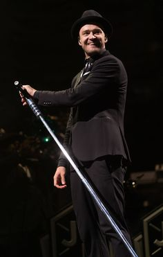 Pin for Later: The Weekend's Must-See Snaps! On Saturday, Justin Timberlake smiled at the audience during his performance at the V Festival in Chelmsford, England. Celebrity Look, Celebrity Pictures, V Fest, Festival One, Joe Jonas, My Soulmate, Justin Timberlake, Man Crush, My Boyfriend