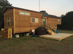 39′ Hand-Crafted Gooseneck Tiny house w/ loft
