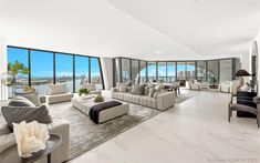 Super luxurious, High-End homes in Miami Beach Duplex For Sale, Penthouse For Sale, Luxury Penthouse, Luxury Condo, Luxury Apartments, Luxury Homes, Zaha Hadid, Miami Beach, Stucco Exterior