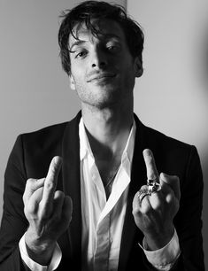Paolo Nutini doesn't give a fuck. (Y)