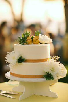 Adorable pineapple wedding cake toppers // Anna Kim Photography
