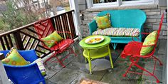 I may or may not do this to my wrought iron patio furniture. Spray painted brightly colored wicker and Wrought Iron Patio furniture makeover Painting Patio Furniture, Painted Outdoor Furniture, Patio Furniture Makeover, Metal Patio Furniture, Modern Outdoor Furniture, Garden Furniture, Outdoor Decor, Outdoor Patios, Furniture Ideas