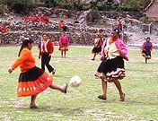 Churubamba - #Frauen am Ball